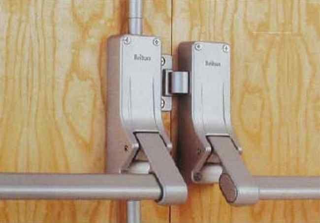 Briton Double Door Rebated Panic Push Bar Set 377