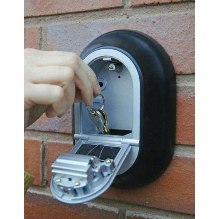 yale key safe key boxes 187 x 130 x 39mm y500 187 1. Black Bedroom Furniture Sets. Home Design Ideas