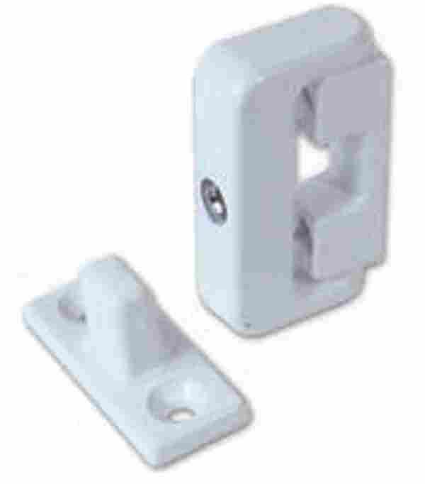 yale wooden casement window lock 4 pack 8k101 lockmonster co uk